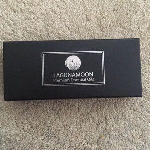 LAGUNAMOON Premium Essential Oils